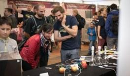Ausstellung von Experimenten