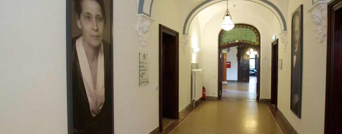 Flur im Stiftshaus des Physikzentrum Bad Honnef