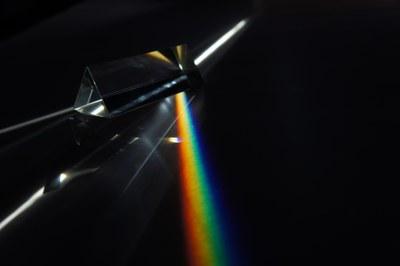 Prism_flat_rainbow.jpg