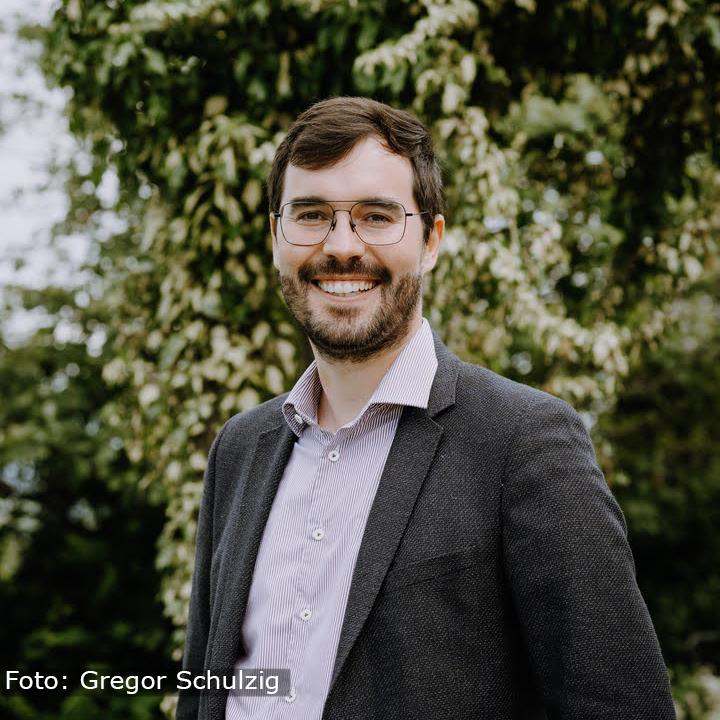 Dr. Tim Leonhardt (Foto Gregor Schulzig) Website.jpg