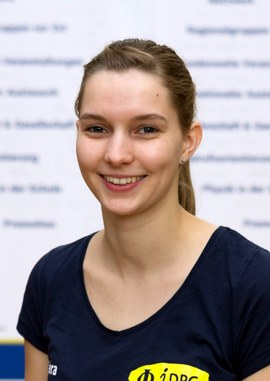 20181125-Tilman-Daab-Portrait-Lara-Stürenburg.jpg