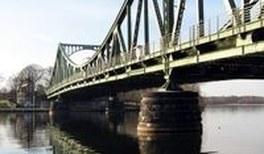Physikalischer Brückenschlag