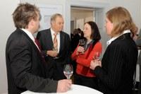 Im Gespräch: A. Carl, E. Wassermann, B. Sandow und A. Bakenecker (v. links)