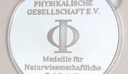 Beutelspacher erhält DPG-Preis für naturwissenschaftliche Publizistik