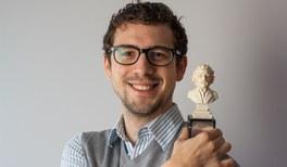 "Die DPG gratuliert dem Göttinger Physiker Philip Willke zum Gewinn des ""Goldenen Albert"""