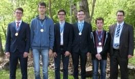 Deutsche Schülerteams glänzten bei der 1. Europäischen PhysikOlympiade und PLANCKS