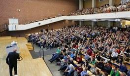 Die Welt der Physik trifft sich in Dresden