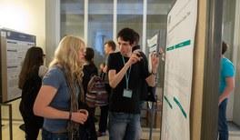 Über 500 junge Physikbegeisterte treffen sich in Köln zum fachlichen und interkulturellen Austausch