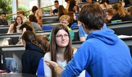 Virtuelle DPG-Schülertagung für physikbegeisterte Jugendliche